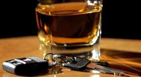 29χρονη μέθυσε, έκλεψε αυτοκίνητο και τράκαρε στο Αργοστόλι