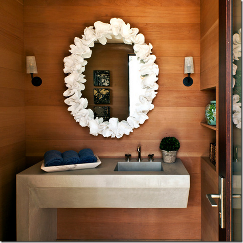 Tiny Bathrooms: Function and Style.