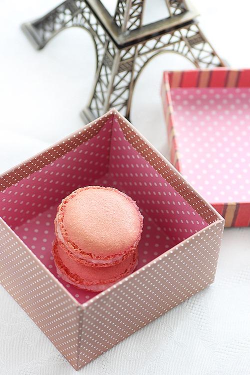 Pink macarons 7
