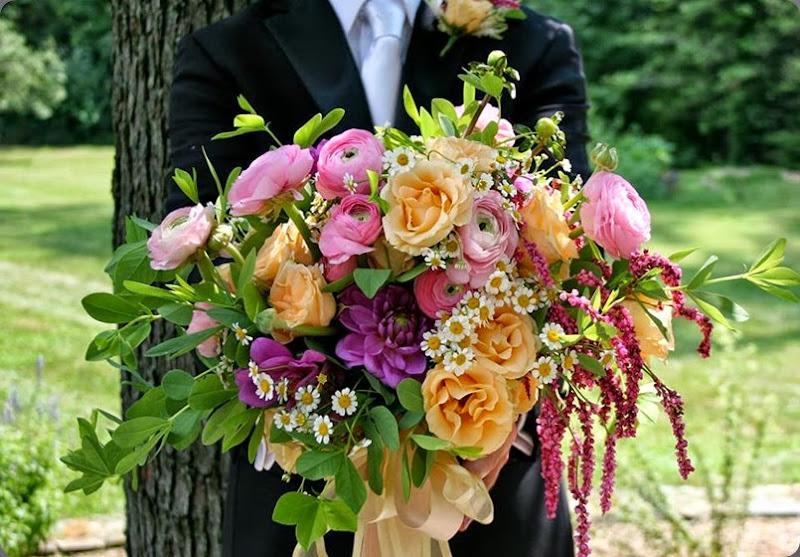 chamomile 45381_470883609672452_1608097062_n white magnolia designs