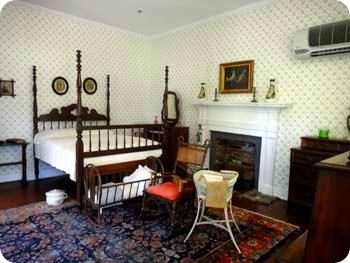 6-helen-bedroom