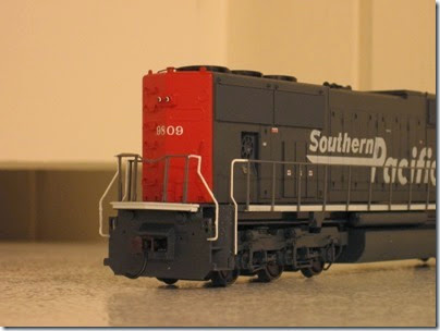 IMG_0730 Athearn Genesis SD70M Southern Pacific #9809