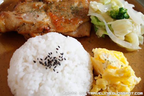 東海芙蘿拉美味廚房-迷迭香雞腿排飯