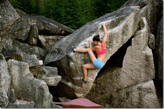 girls-rock-climbing-4