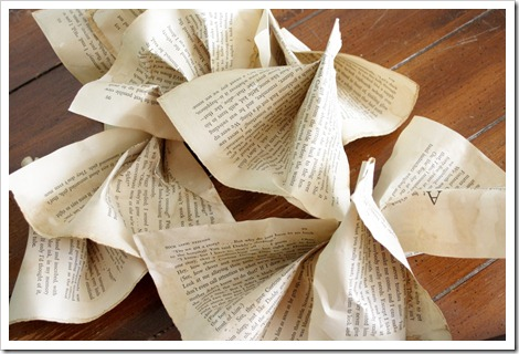 Book Page Garland how to