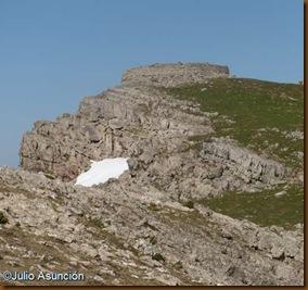 Lapiaz de la Torre Romana de Urkulu