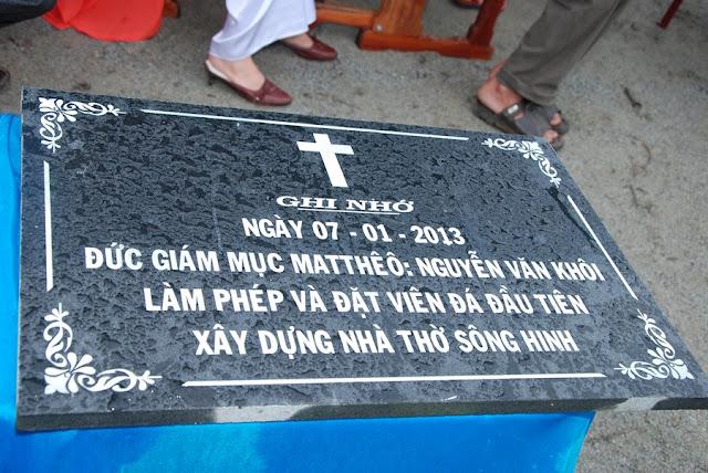 Thánh lễ đặt viên đá đầu tiên xây dựng nhà thờ Sông Hinh