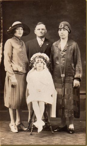 Mongera, LtoR, Helen Mongera, Steve Kancir, Anna V Mongera Kancir, sitting Anne M Kancir