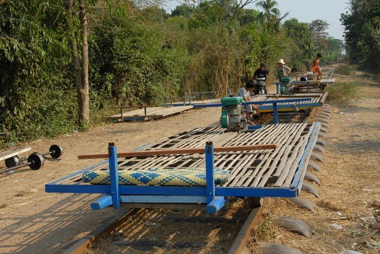 bamboo-trains21