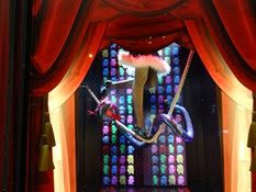 2014.12.01-058 vitrines des Galeries Lafayette