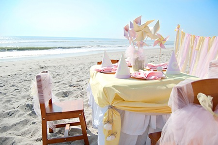 Semplicemente Perfetto  beach-baby-kids-table