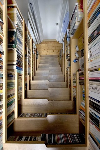 13. BOOKCASE STAIRCASE