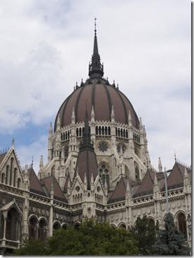 Kubah gedung parlemen hungaria