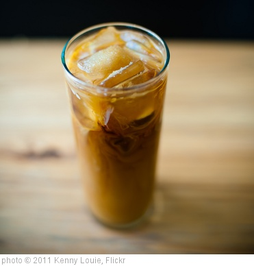 'Blue Bottle, Kyoto Style Ice Coffee' photo (c) 2011, Kenny Louie - license: http://creativecommons.org/licenses/by/2.0/