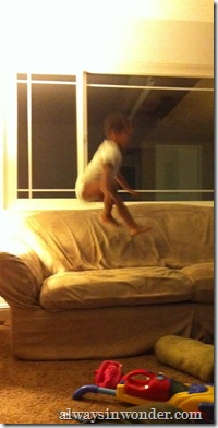 Couch_Hopping (2)