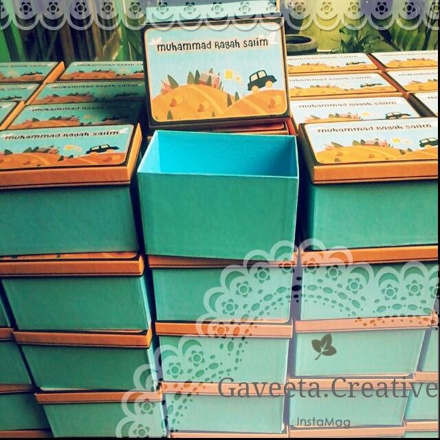 Shoe Box (Kotak sepatu)