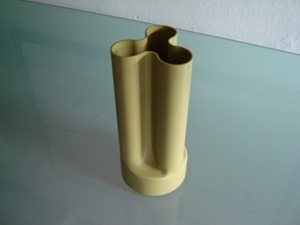 Trifoglio vase by Enzo Mari for Danese (1969)