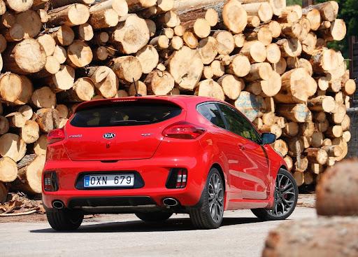 Yeni-Kia-Pro-Ceed-GT-2014-35.jpg