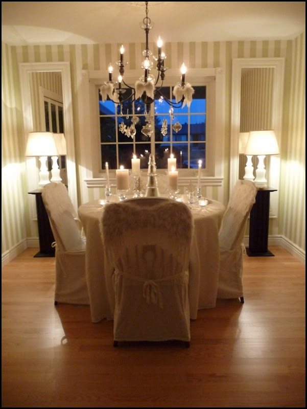 Christmas dining room 2011 angel wings 043 (600x800)