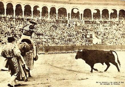 1958-09-30 Sevilla Varias ganderias Toro del marques de Domecq en varas