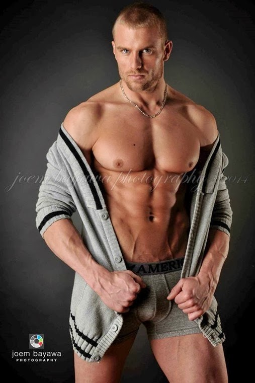 tony dean fitness model and athlete