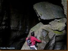 Interior de la Cueva de Urkulu