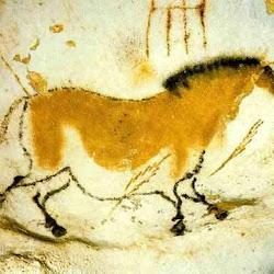 12 - Caballo con flecha clavada en la cueva de Lascaux (Francia)