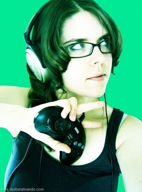 lindas belas sensuais sexy sedutoras garotas mulheres moças nerds girls geek nerd geeks hot  (6)