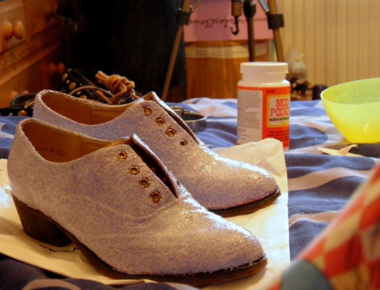 DIY GLITTER BROGUES 5