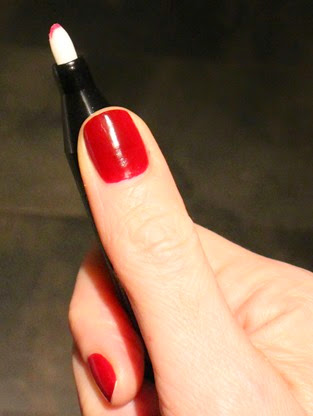 NailsIncSOS-Nail-tidy-pen