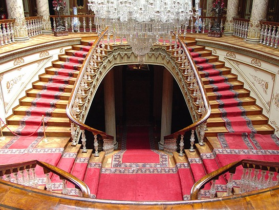 Crystal_Staircase__Dolambahce