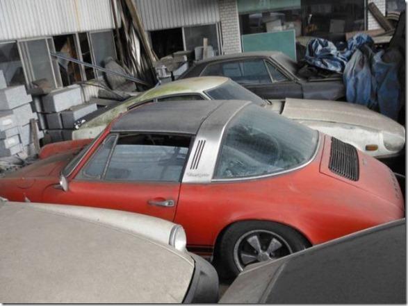 japan-graveyard-old-cars-2