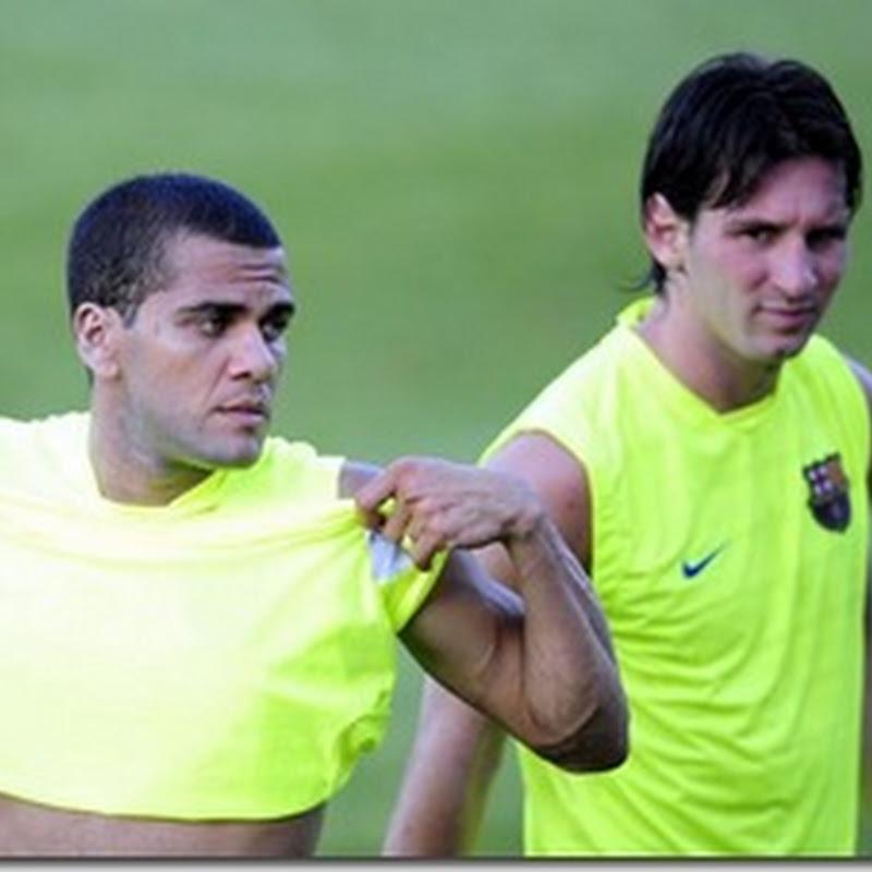 Spectacol Messi si Dani Alves la încălzire - video
