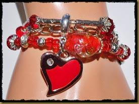 rødt armbånd
