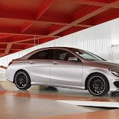 2014-Mercedes-CLA-37.jpg