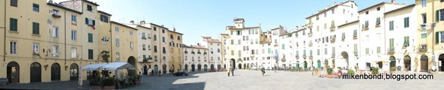 Lucca - Piazza Amphitheatre