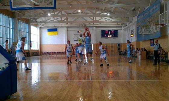 turnir-veteranov-basketball-v-sevastopole-2012-10