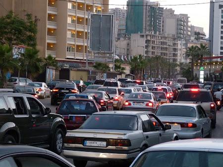 Obiective turistice Liba - trafic jam pe Corniche