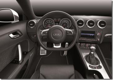Audi TT RS Coupe - interior painel - alta