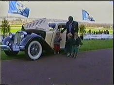 1997.10.05-014 Ford V8 limousine 1935