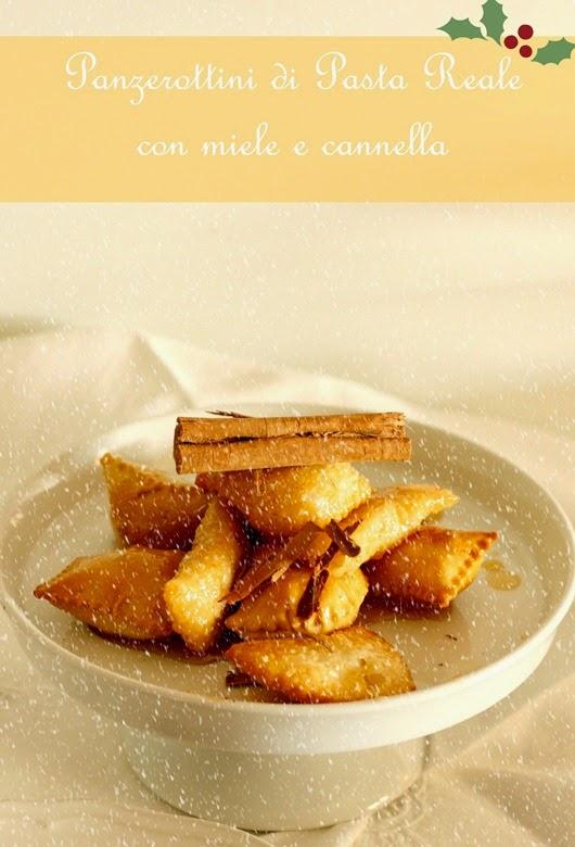 panzerottini di pasta reale con miele e cannellaù