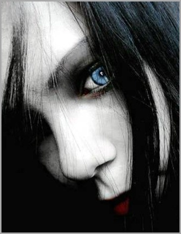 vampira_ojos_celestes