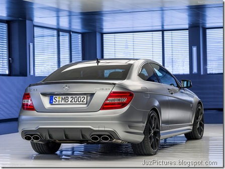 Mercedes-Benz-C63_AMG_Edition_507_2014_800x600_wallpaper_05