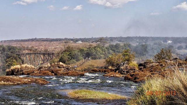 Victoria Falls ZA 067.JPG