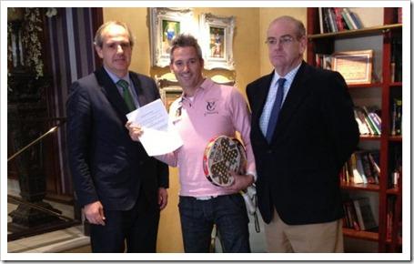 La firma NOX y el jugador Miguel Lamperti unen su futuro hasta el 2017.º
