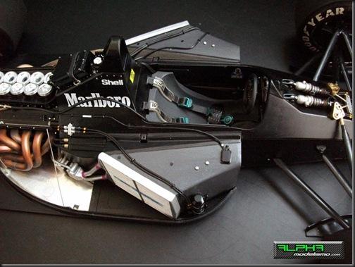 McLaren MP4-6_7