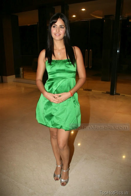 Katrina Kaif Beautiful Photos in Short Green Dress 6