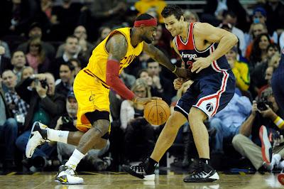 lebron james nba 141126 cle vs was 07 LeBrons Latest Nike LeBron 12 PE White / Black / Yellow