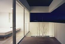 Terrazas-de-madera-vivienda-minimalista