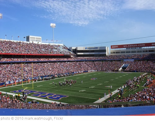'Ralph Wilson Stadium' photo (c) 2010, mark.watmough - license: http://creativecommons.org/licenses/by/2.0/